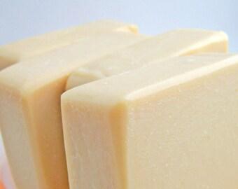 Goat Milk Soap - Honey Nectar scent - 5 oz. bar