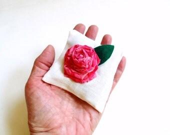 Rose sachet, handmade sachet, rose petals, organic sachet,  gift under 10, gift for mom, cottage chic, sachet gift