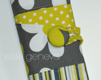 Crochet Hook Case Organizer  Grey and Yellow Daisies Magnetic Snap Closure or Polymer Handles or Tunisian