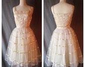 Darling 1950s Tea Party Dress