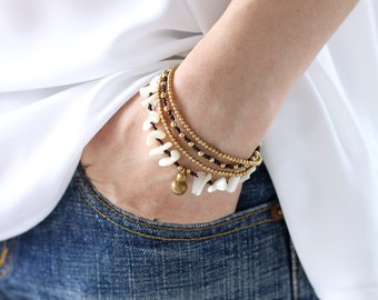 Shell Chip Brass Chain Layered Bracelet