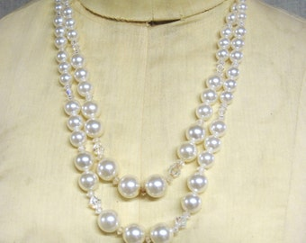 Necklace , Faux Pearls , Double Strand , Pearl Necklace , Costume Jewelry , Vintage Jewelry , Graduated , Beads , Jewelry Supplies , White