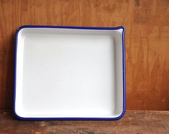 Porcelain Dark Room Tray - E2089