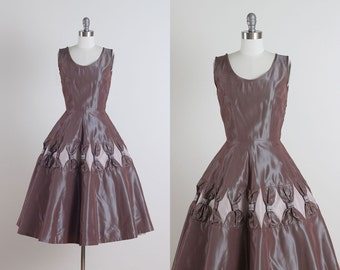 Curtain Call . vintage 1950s dress . vintage dress . 5086