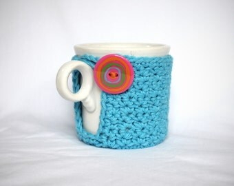 Mug Cozy, Cup Cosy and Coaster Crochet Turquoise with Big Pink Button