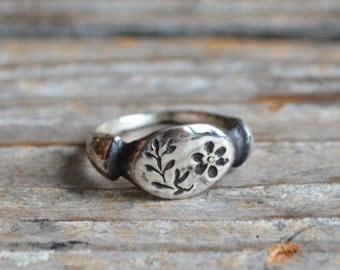 Nature Inspired Sterling Silver Botanical Ring, Purslane, Botanical Jewelry, Stacking Rings, Flower Ring, Valentines Day Gift Peg and Awl