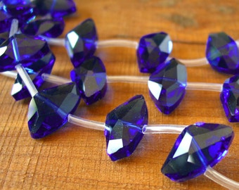 """8"""" 10pcs Royal Blue 19mm x 12mm Axe Designer Crystal Glass Faceted nugget Beads"""