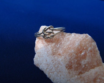 Lover's knot ring sterling silver