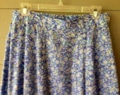 Vintage 1980s Women's Skirt / High Waisted Blue Floral Summer Skirt