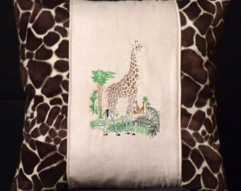 New Brown Embroidered Majestic African Giraffe Pillow New 16 x 16 Insert — Item 156