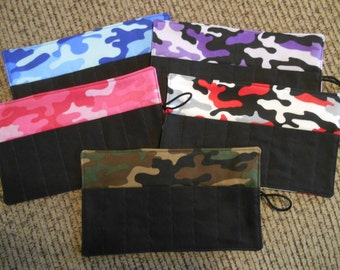 Camo crayon roll up 8 count choose color of camo