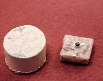 Miniature Mothers Day Cake and Wrapped Gift Scale Dollhouse