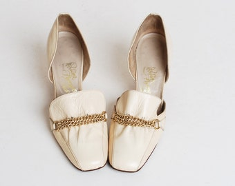 Vintage 60s FERRAGAMO Loafer Heels / 1960s Ivory Leather Chain Shoes, 7.5 37.5 Narrow