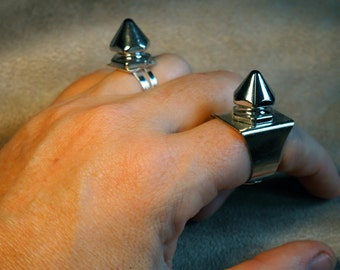 Silver Spiked Ring - Rocker Chic - Gothic Glam - SteamPunk by ItsaWonderfulWall