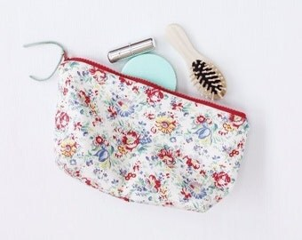 Prairy Aster Cosmetic Make Up Bag, Cosmetic Zipper Pouch, Makeup Bag, Travel Make Up Pouch, Cosmetic Case, Zippered Purse