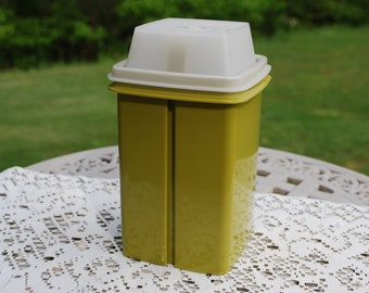 Vintage Tupperware Avocado Pickle Tower