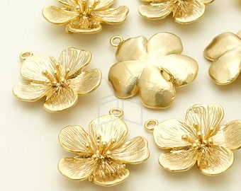 PD-1021-MG / 2 Pcs - Cherry Blossom Pandant S-Size, Matte Gold Plated over Brass / 18mm x 21mm