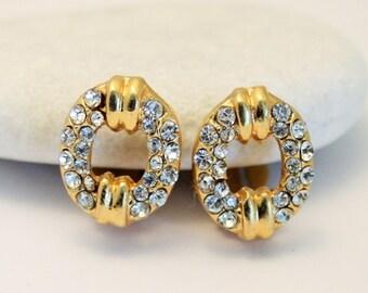 Vintage crystal earrings. Clip on.  Small earrings