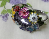 Avon Double  Ring  Size 9 10 Textured Flowers Mint Never worn Original box