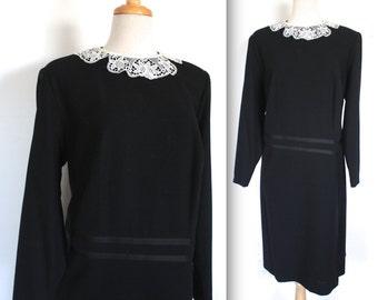 Vintage 1960's Dress // 60s Black Dress with Lace Collar // Tea Dress