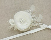 ivory bridal hair piece Bridal hair flower Bridal hair piece Ivory Wedding hair flower Bridal hair accessories Ivory lace flower