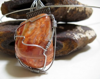 Polished wire wrapped agate pendant on round wire,light brown,choker,orange,creamGemstone Pendant ,