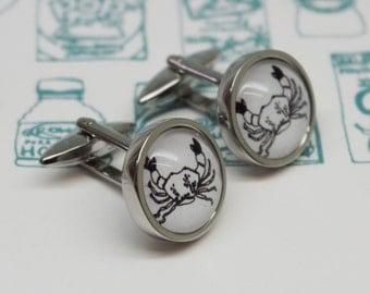 Crab Cufflinks - Seaside cufflinks - Quirky cufflinks - Gifts for men