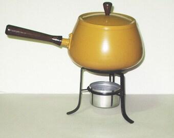 Gold Fondue Pot Aluminum Fondue Pot Burner Stand Wood Handle Vintage Kitchen 2 Quart Mid Century Home Housewares