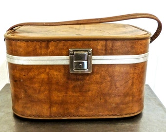 vintage brown train case - 1940s large travel cosmetic bag luggage