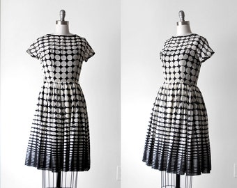 1950's black & white dress. 50's polka dot dress. xs. voile. full skirt. ombre. 50 voile dress. xxs.