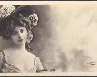 Manon Loti Beautiful Demimondaine, by Leopold Reutlinger, circa 1900.