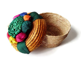 Vintage Raffia and Wicker Covered Basket - Small Round- With Flowers- Trinket Box- Sewing Box