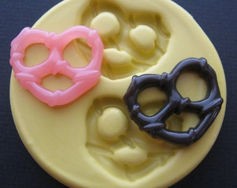 Silicone Pretzel Charm Mold Polymer Clay Fondant Resin Mold DIY Jewelry Charms Mold