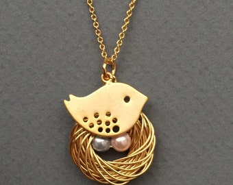 Personalized Bird Nest and Mommy Bird Necklace in Gold - mom, grandmother, baby shower, custom gifts, available in silver.
