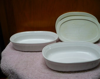 2 - Corning - French White -  F 15 B - Oval Casserettes - W/ Lids - 475 Ml - Great Condition - Price Is For Each - Read Description