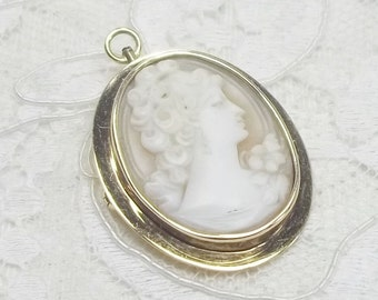 Vintage 14K Solid Gold and Classic Carved Shell Female Profile Cameo Pendant Brooch