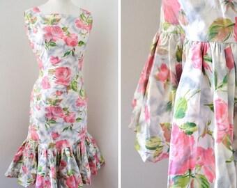 1950s 60s Rose print cotton mermaid hem wiggle dress / 50s pencil dress - XS S