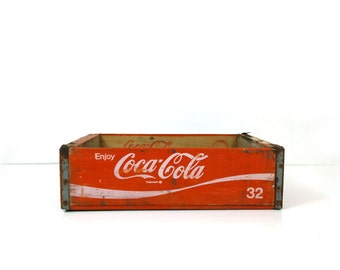 1974 Coca cola crate, 32 ounce wood soda crate, Chattanooga TN coke collectible