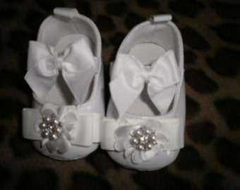 Baby Crib Shoes, White Baby Shoes, Christening Shoes, Fancy Shoes, Baptism Shoes, Gift, Elegant
