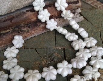 SALE! Beautiful White MAGNESITE HOWLITE 3D Flowers Full Strand Beads Stone - So Cute! So Fun!