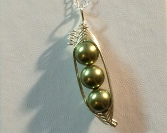 Peas in a Pod Pendant with Necklace Chain (No Leaves) (2, 3, or 4 peas- pick your color)