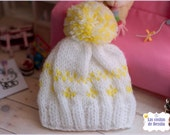 Hat Cap Kinitted pompom bicolor white and yellow cute kawaii BLYTHE PULLIP