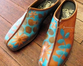 Hand painted brown leather shoes