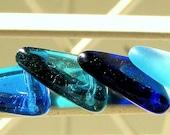 Czech Triangle Pennant  Ancient Roman Glass Colors Blue Mix 17mm (8)