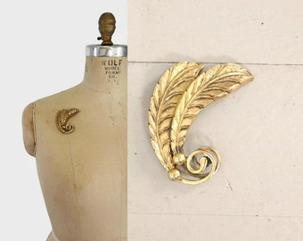 1950s TORTOLANI Gold FEATHER BROOCH / 50s - 60s Large Etched Metal Leaf Pin