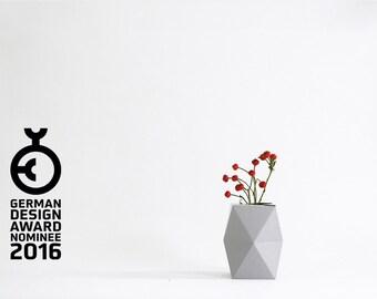 Geometrical Cardboard Vase SNUG.VASE low / grey