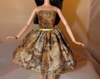 Sage green & brown muted print Summer dress for Fashion Dolls - ed743