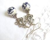 Delft blue earrings dangle earrings blue earrings delft earrings delft blue jewelry blue white blue floral earrings chandelier earrings