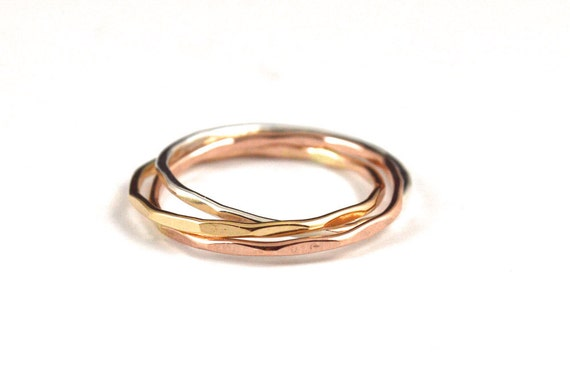Tri color rolling rings russian wedding ring interlocking for Interlocking wedding bands