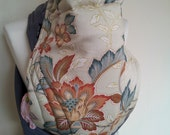 MEI TAI Baby Carrier / Sling / Reversible/ Edam Flower with Grey in leg cut model/ Cotton / Handmade / Made in UK